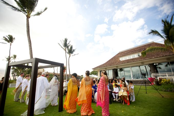 Colorful and Cultural Maui Wedding by Anna KIm Photography - 016