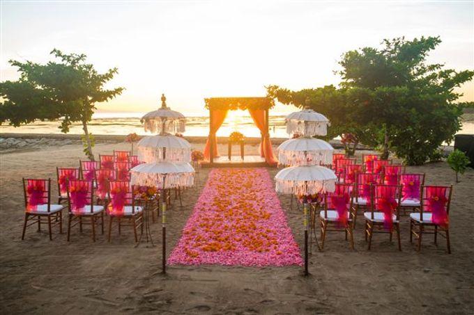 kayumanis nusa dua-beach wedding-fuschia theme by Kayumanis Private Villa and Spa - 003