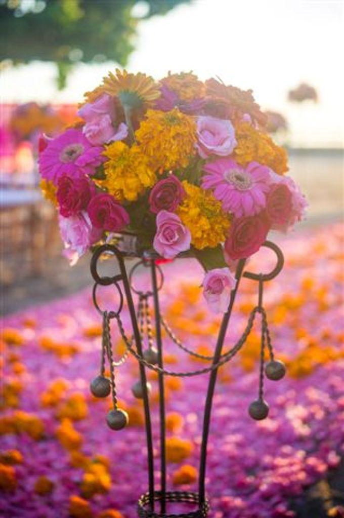 kayumanis nusa dua-beach wedding-fuschia theme by Kayumanis Private Villa and Spa - 021
