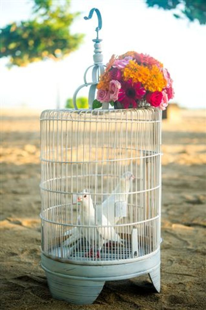 kayumanis nusa dua-beach wedding-fuschia theme by Kayumanis Private Villa and Spa - 007