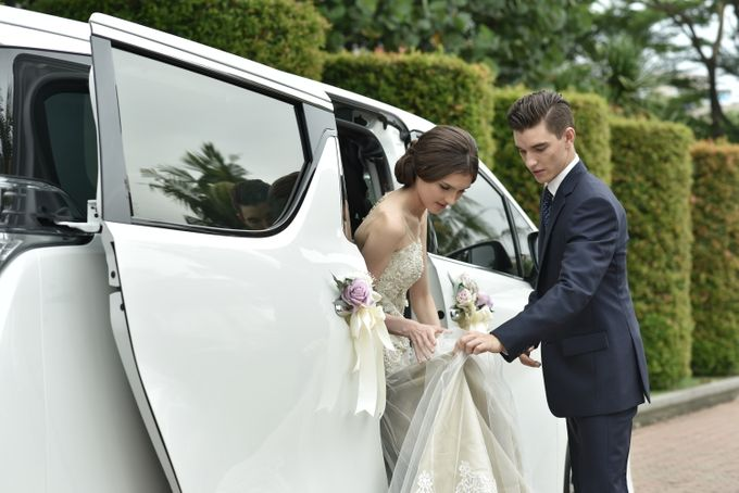 Wedding Car By Priority Rent Car by Priority Rent car - 006