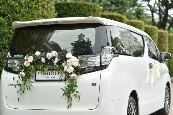 Wedding Car By Priority Rent Car by Priority Rent car - 011