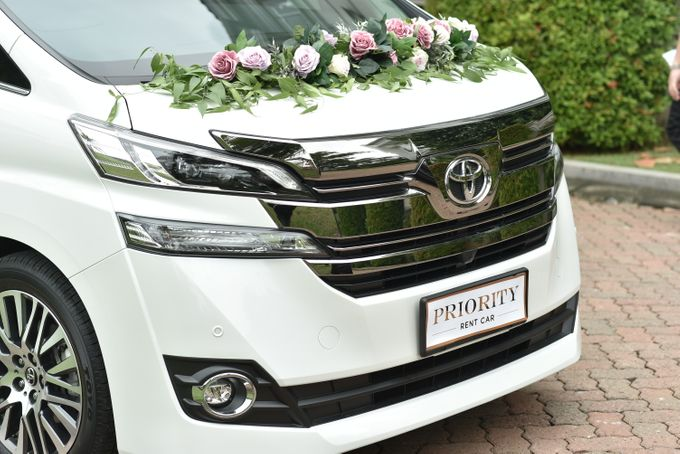 Wedding Car By Priority Rent Car by Priority Rent car - 009