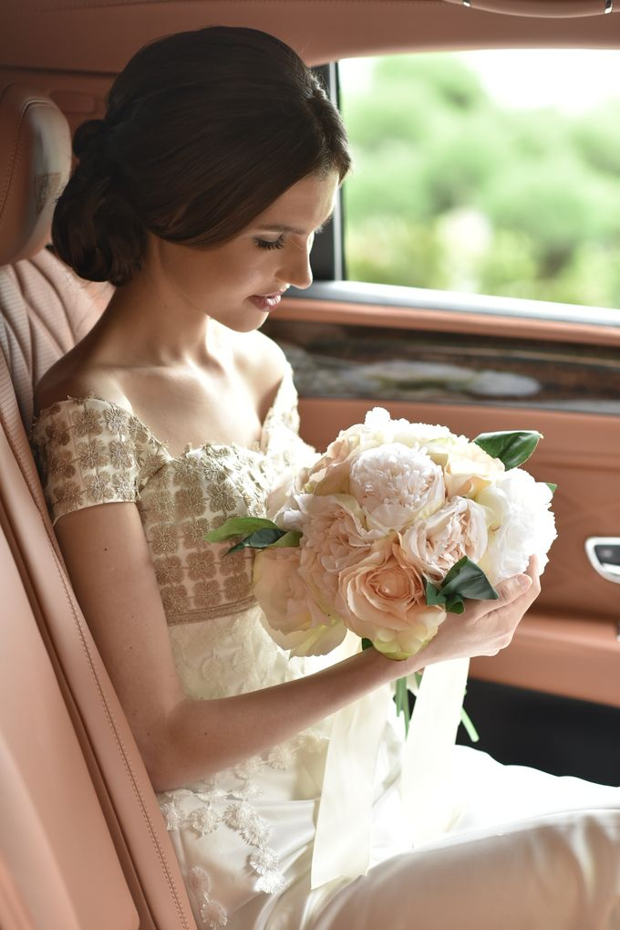 Wedding Car By Priority Rent Car by Priority Rent car - 005