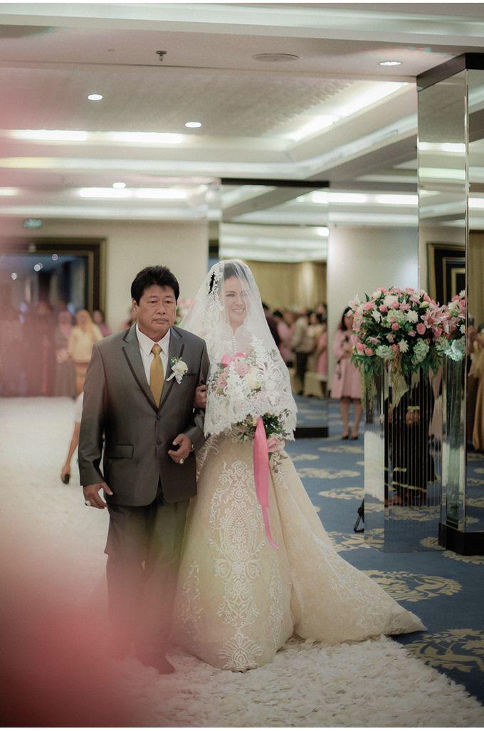 Myco & Rica Wedding by Reynard Karman Photography - 024