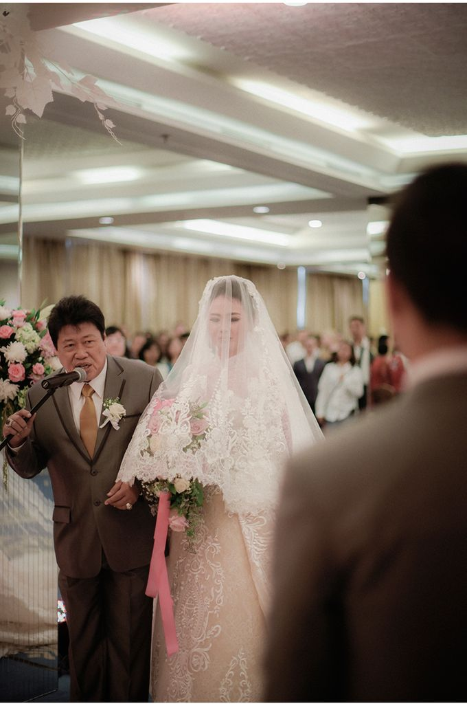 Myco & Rica Wedding by Reynard Karman Photography - 025