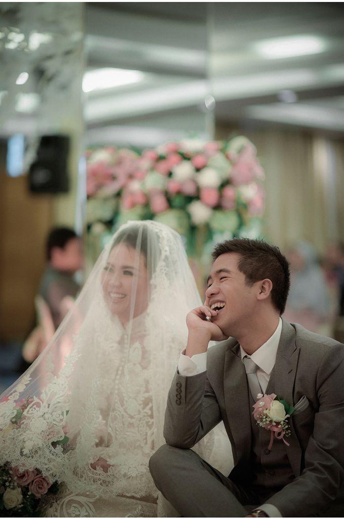 Myco & Rica Wedding by Reynard Karman Photography - 027