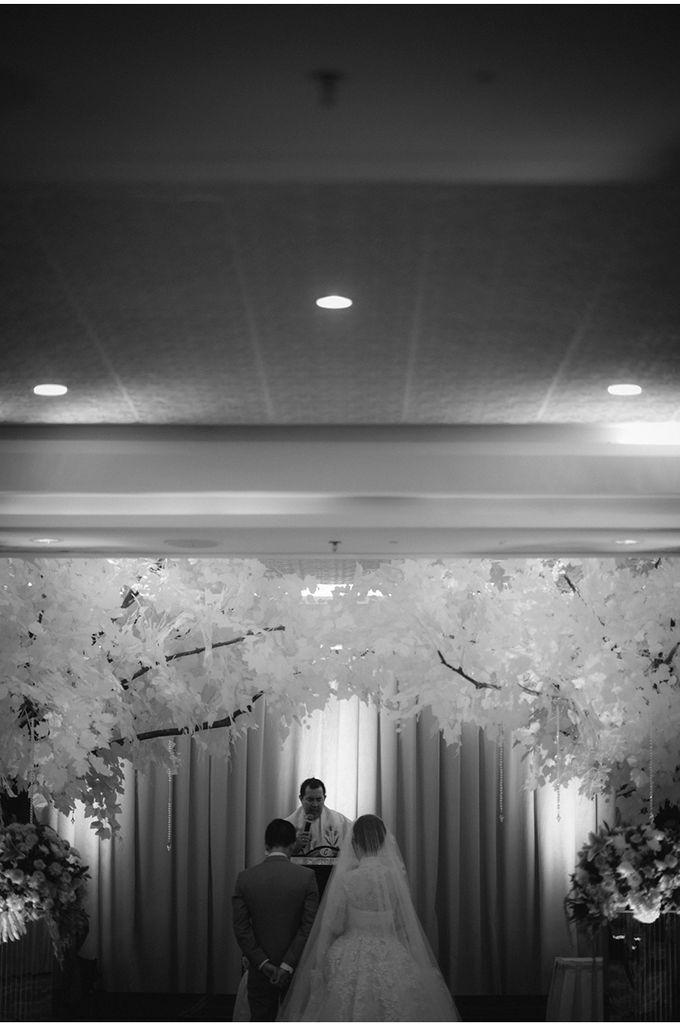 Myco & Rica Wedding by Reynard Karman Photography - 030