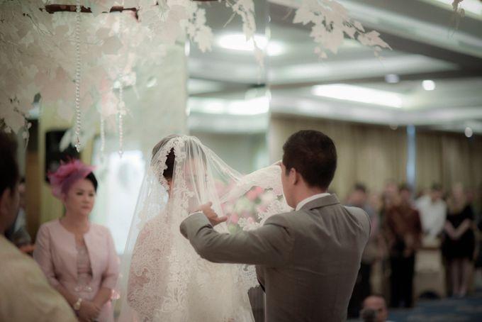 Myco & Rica Wedding by Reynard Karman Photography - 034