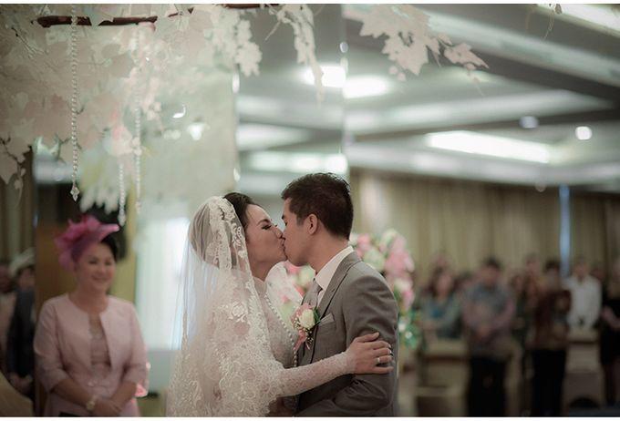 Myco & Rica Wedding by Reynard Karman Photography - 033