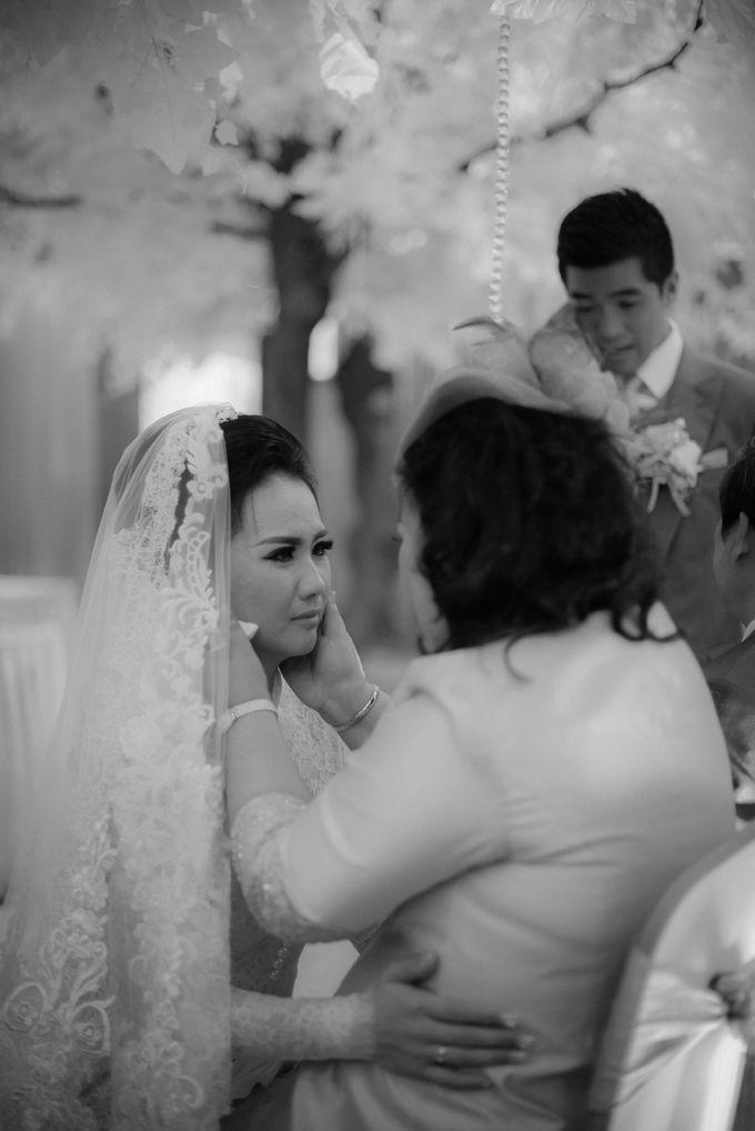 Myco & Rica Wedding by Reynard Karman Photography - 036