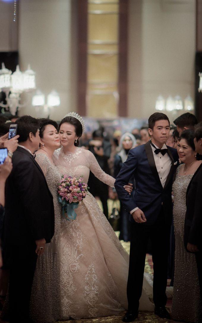 Myco & Rica Wedding by Reynard Karman Photography - 041