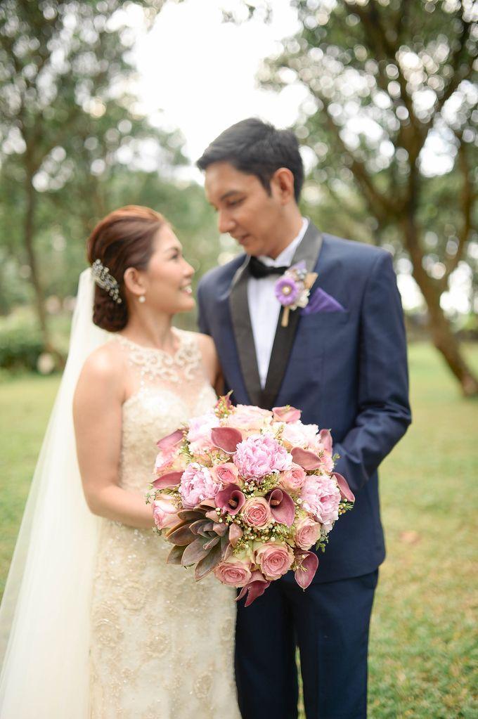 Rustic Lavander Wedding by MR Villar Photography - 034