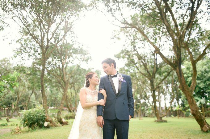 Rustic Lavander Wedding by MR Villar Photography - 035
