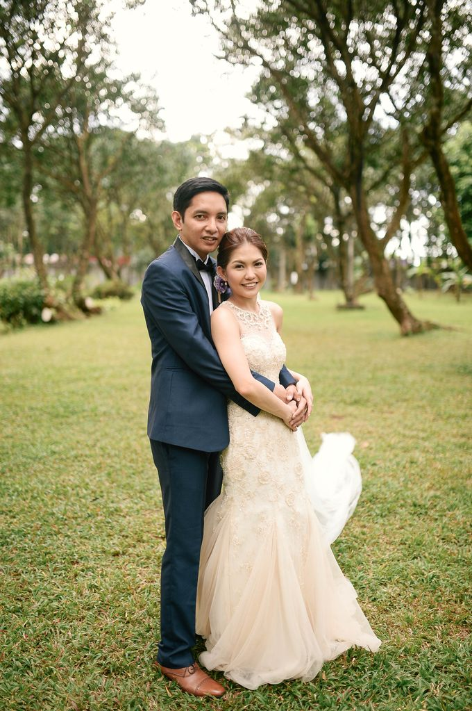Rustic Lavander Wedding by MR Villar Photography - 037