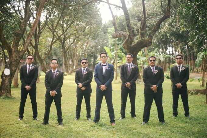 Rustic Lavander Wedding by MR Villar Photography - 039