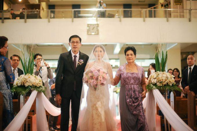 Rustic Lavander Wedding by MR Villar Photography - 024