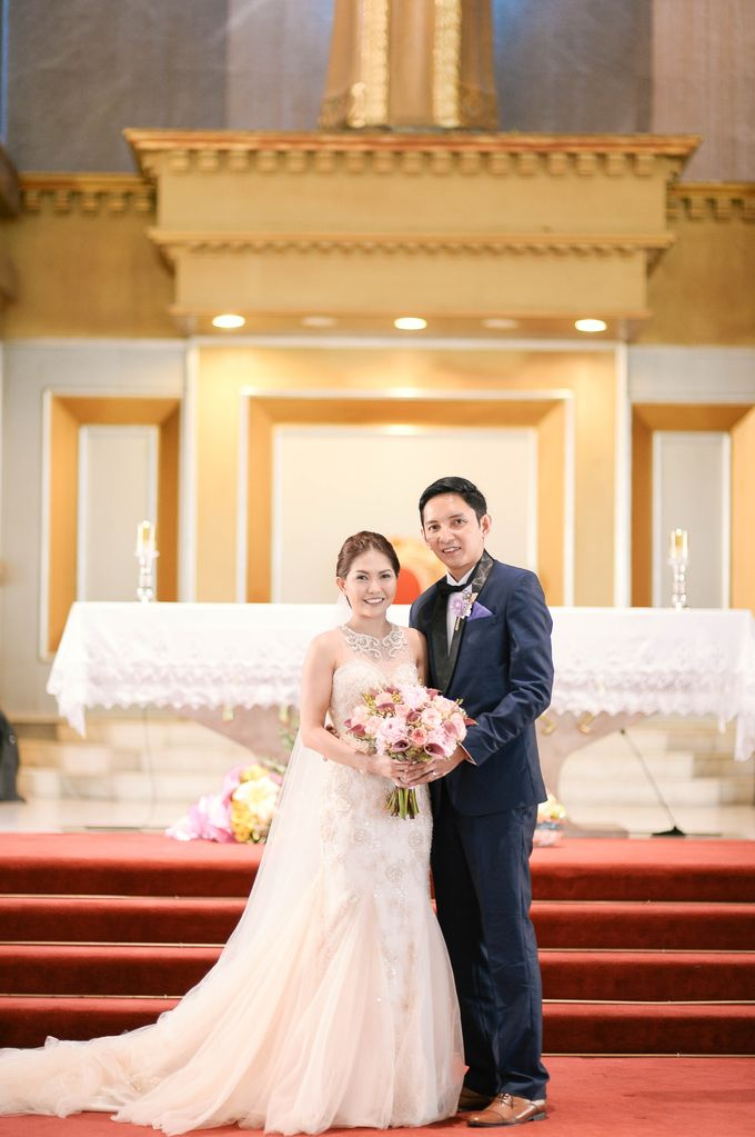 Rustic Lavander Wedding by MR Villar Photography - 025
