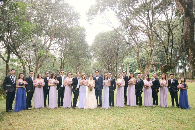 Rustic Lavander Wedding by MR Villar Photography - 032