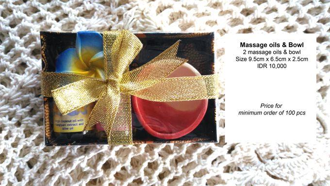 Massage Oils by Uniquely Souvenirs - 001