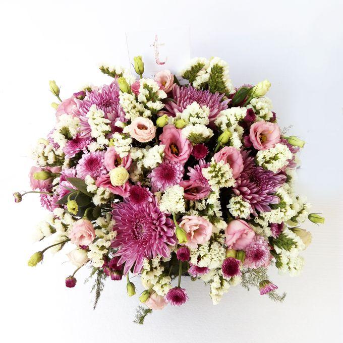 Vase Arrangement by Tiffany's Flower Room - 001