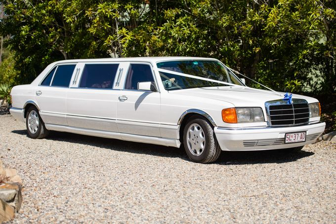 Mercedes 7 seat Classic Stretch Limousines by Tic Tac Tours & Premier Limousines - 001