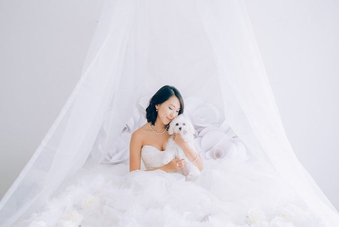 A White Wedding Styled shoot by TangYong Hair & Makeup - 001