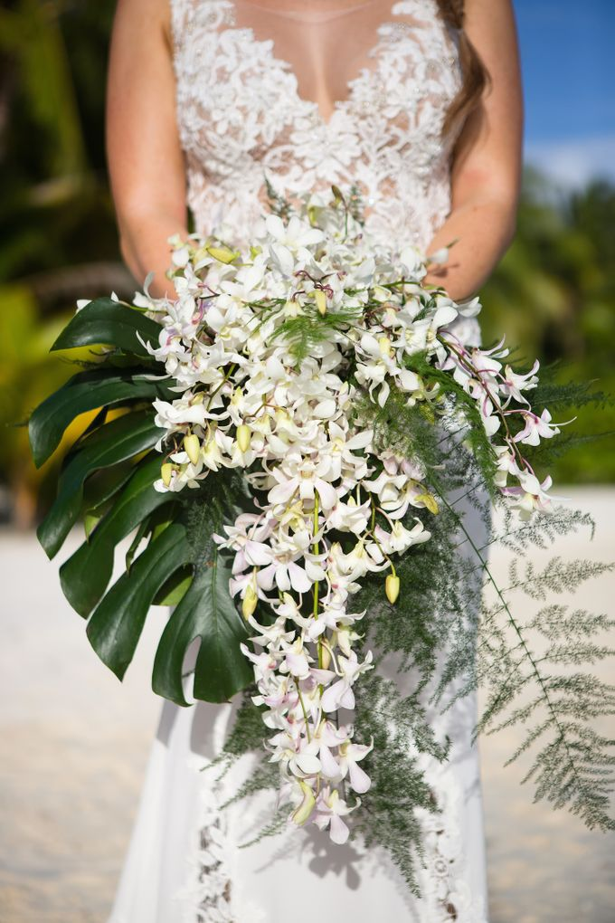 Bora Bora Wedding by JINZA Couture Bridal - 007