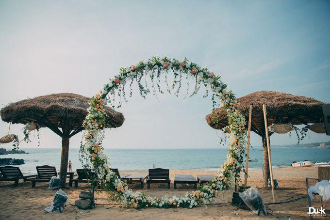 beach wedding by The Wedding Preneurs - 003