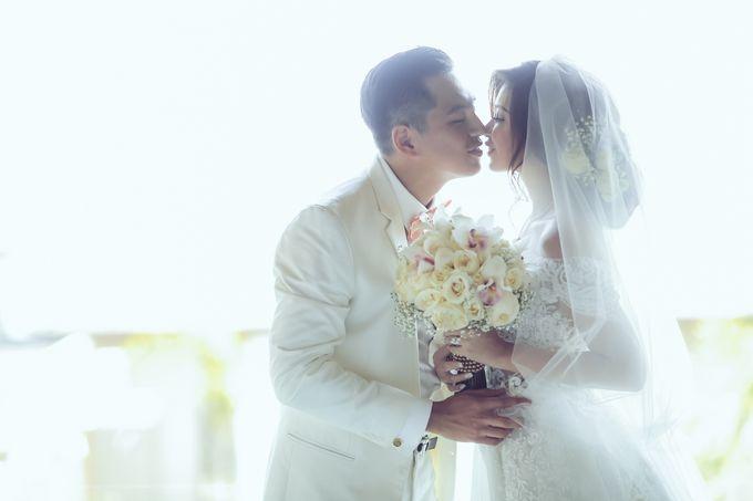 My elegantly intimate wedding by Anaz Khairunnaz - 011