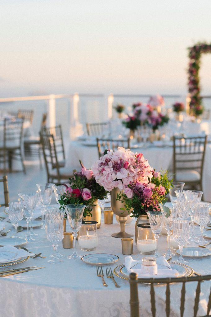Romantic and luxurious wedding in Santorini by Stella & Moscha Weddings - 030
