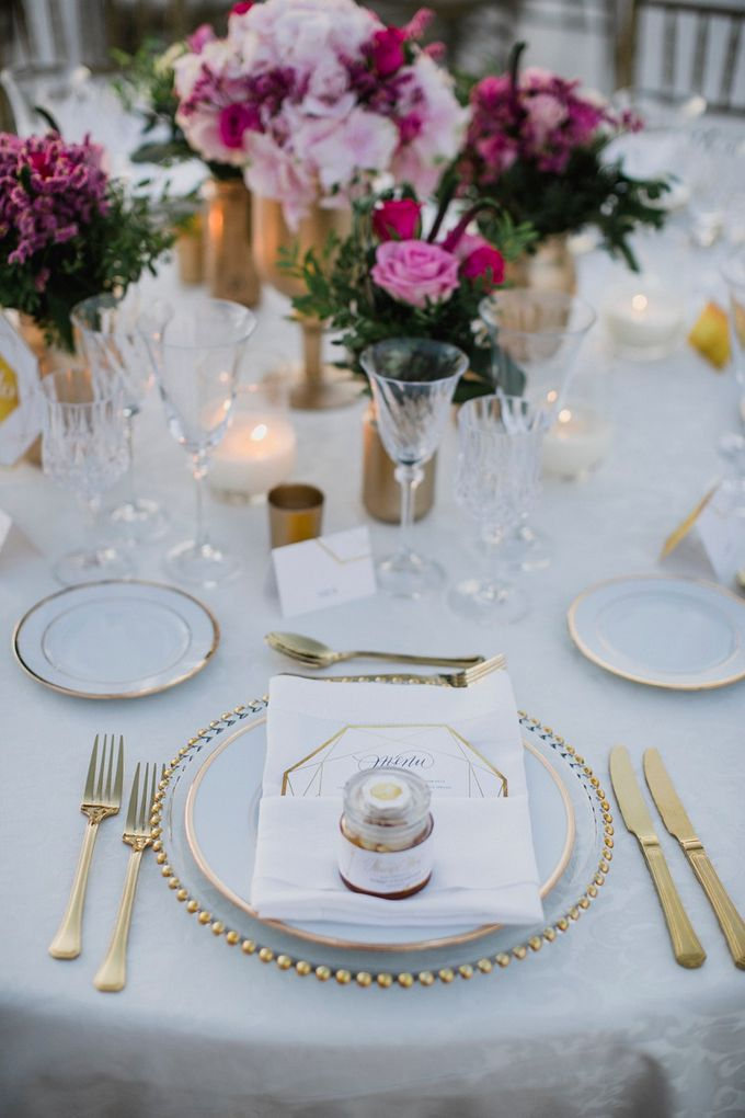 Romantic and luxurious wedding in Santorini by Stella & Moscha Weddings - 007