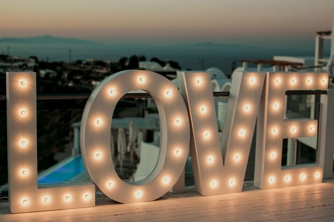 Romantic and luxurious wedding in Santorini by Stella & Moscha Weddings - 046
