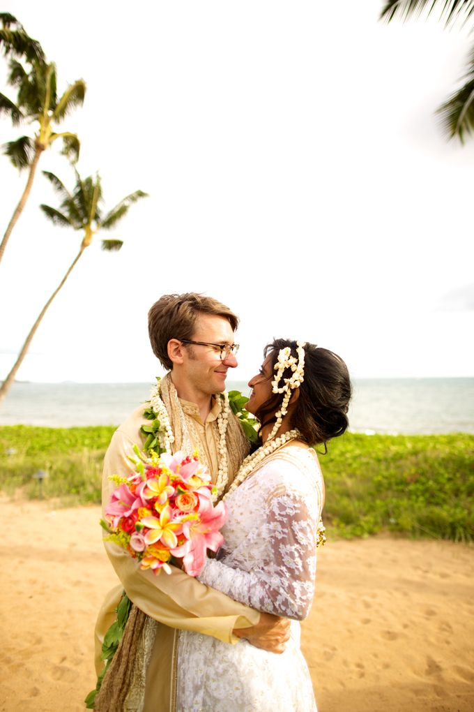 Colorful and Cultural Maui Wedding by Anna KIm Photography - 028
