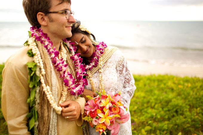 Colorful and Cultural Maui Wedding by Anna KIm Photography - 031
