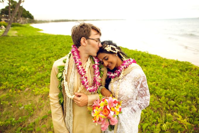 Colorful and Cultural Maui Wedding by Anna KIm Photography - 035