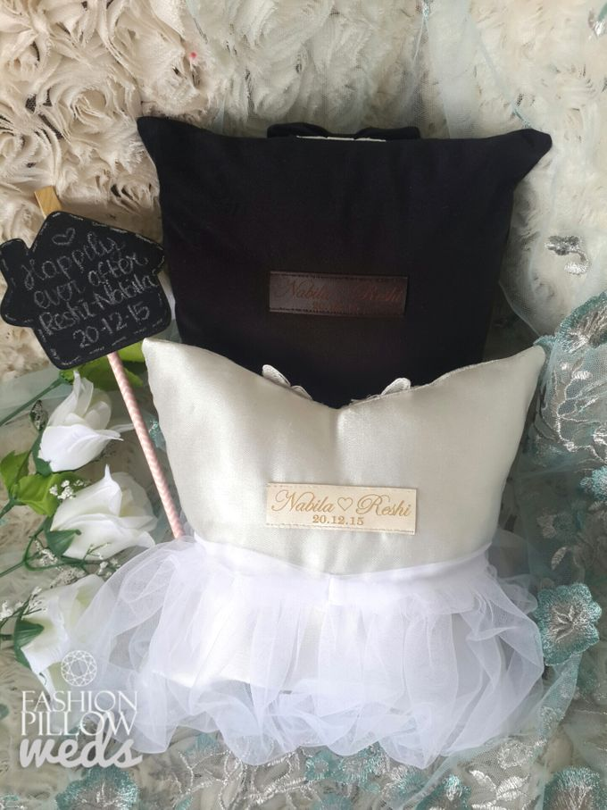 Classic Wedding Pillow for Nabila Syakieb & Reshwara A. Radinal by Fashion Pillow Weds - 002