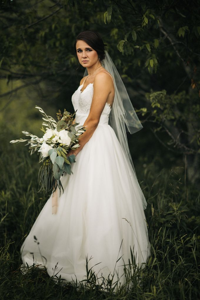 Benj & Madilyn's Rustic Blue Ridge Mountain Wedding by Nicola Harger Photography - 016