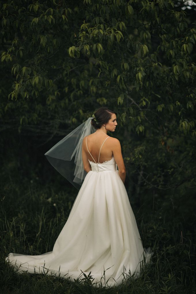 Benj & Madilyn's Rustic Blue Ridge Mountain Wedding by Nicola Harger Photography - 018