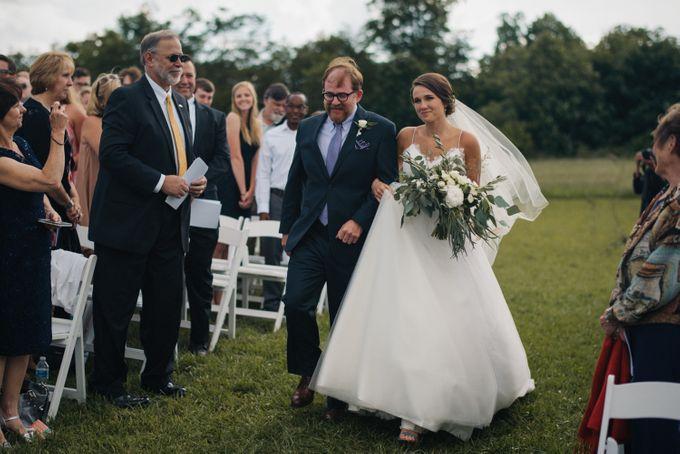 Benj & Madilyn's Rustic Blue Ridge Mountain Wedding by Nicola Harger Photography - 028