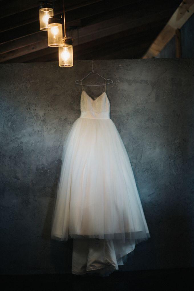 Benj & Madilyn's Rustic Blue Ridge Mountain Wedding by Nicola Harger Photography - 002