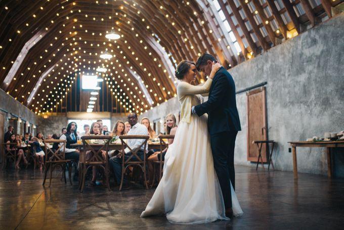 Benj & Madilyn's Rustic Blue Ridge Mountain Wedding by Nicola Harger Photography - 048
