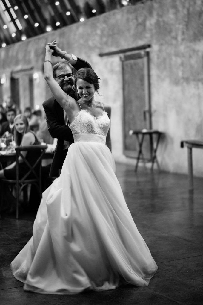 Benj & Madilyn's Rustic Blue Ridge Mountain Wedding by Nicola Harger Photography - 049