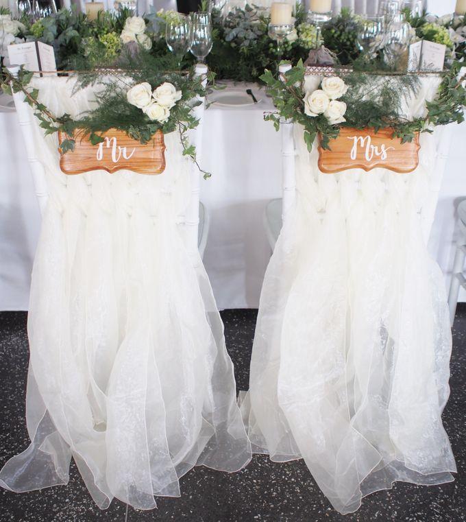 Classic Elegant - Nicola & Daniel by Puri Amanda Flower Boutique - 012