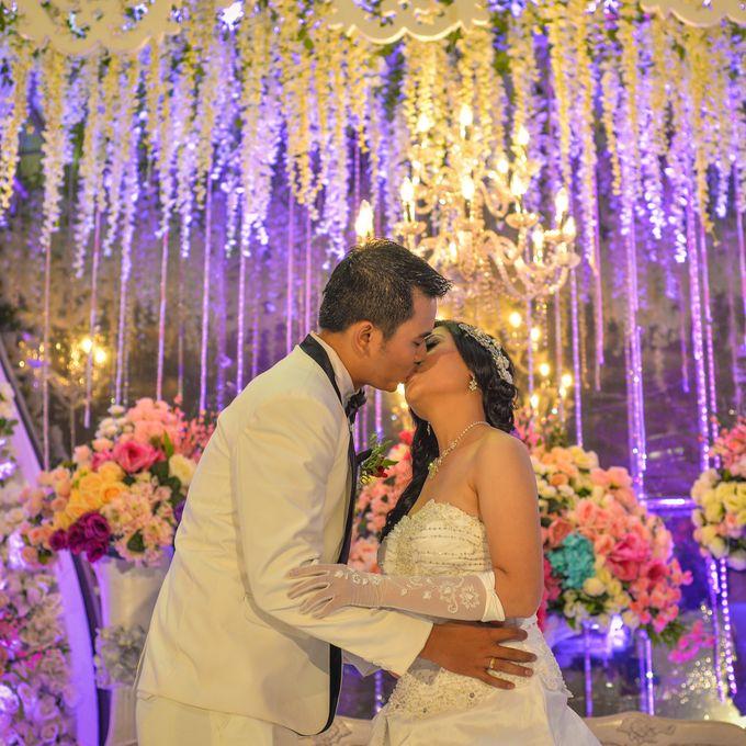 Courtesy of Wedding Day Ningsih and Aji by RWP Photocinema - 014
