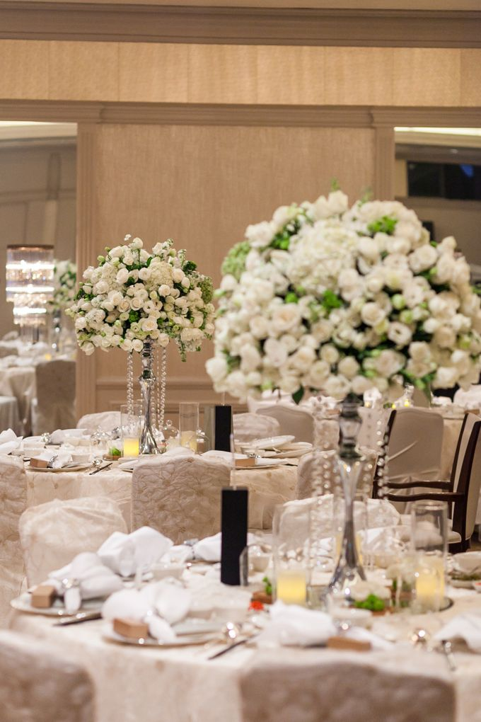 A White Wedding by Sing See Soon - 008