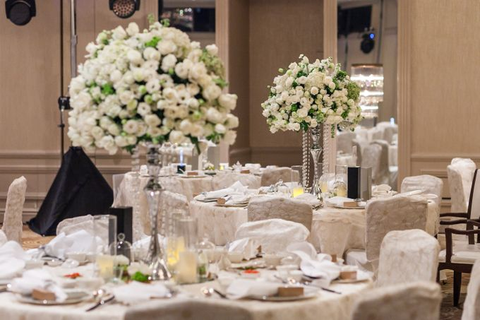 A White Wedding by Sing See Soon - 009