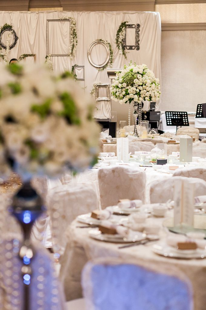 A White Wedding by Sing See Soon - 015