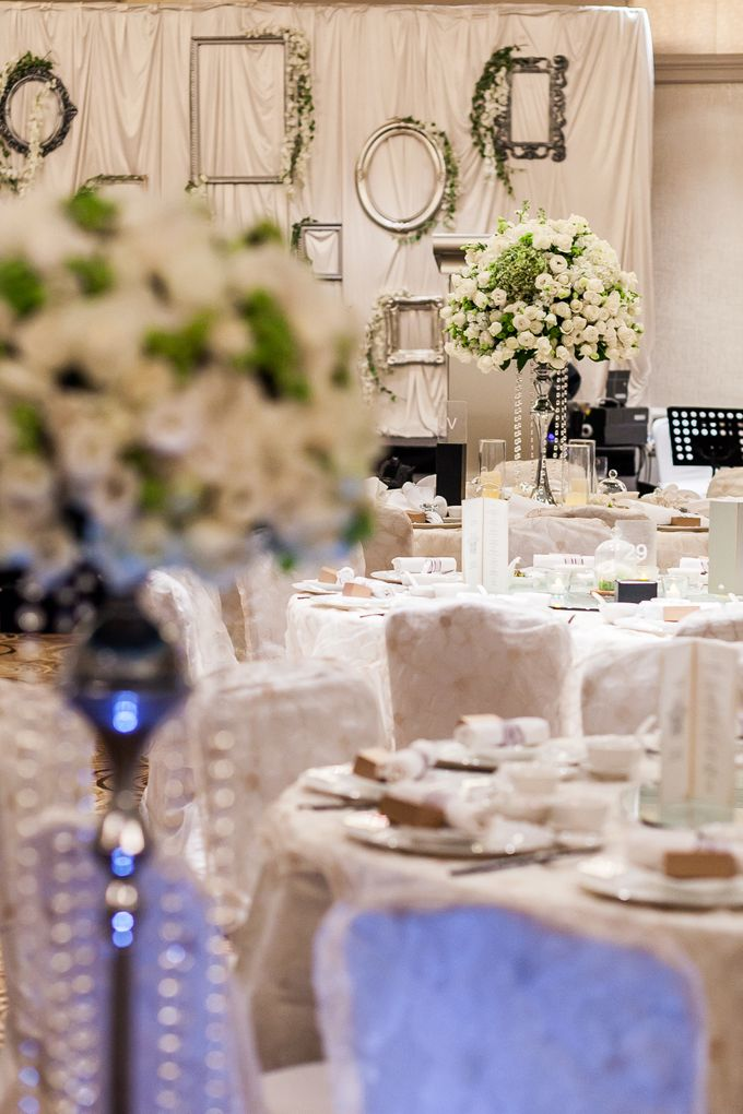 A White Wedding by Sing See Soon - 016
