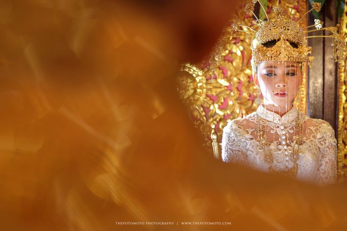 Emma + Bagus Wedding by Thepotomoto Photography - 002